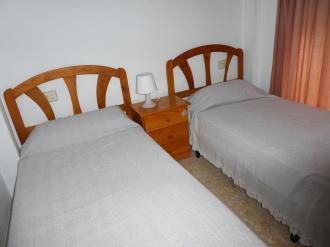 dormitorio_10-apartamentos-gandia-grau-y-playa-3000-gandia-costa-de-valencia.jpg