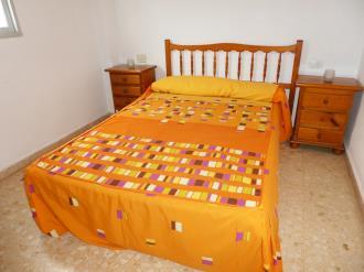 dormitorio_11-apartamentos-gandia-grau-y-playa-3000-gandia-costa-de-valencia.jpg