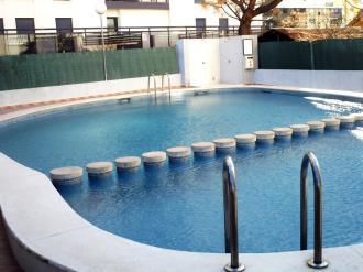 piscina-apartamentos-gandia-grau-y-playa-3000_gandia-costa-de-valencia.jpg