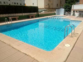 piscina_9-apartamentos-gandia-grau-y-playa-3000-gandia-costa-de-valencia.jpg