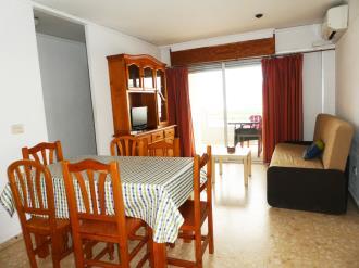 salon-comedor-apartamentos-gandia-grau-y-playa-3000_gandia-costa-de-valencia.jpg