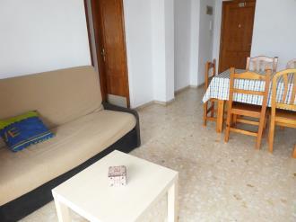 salon-comedor_1-apartamentos-gandia-grau-y-playa-3000-gandia-costa-de-valencia.jpg