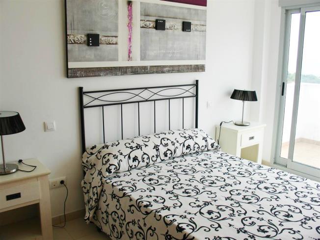 dormitorio_8-apartamentos-tierra-de-irta-3000peniscola-costa-azahar.jpg