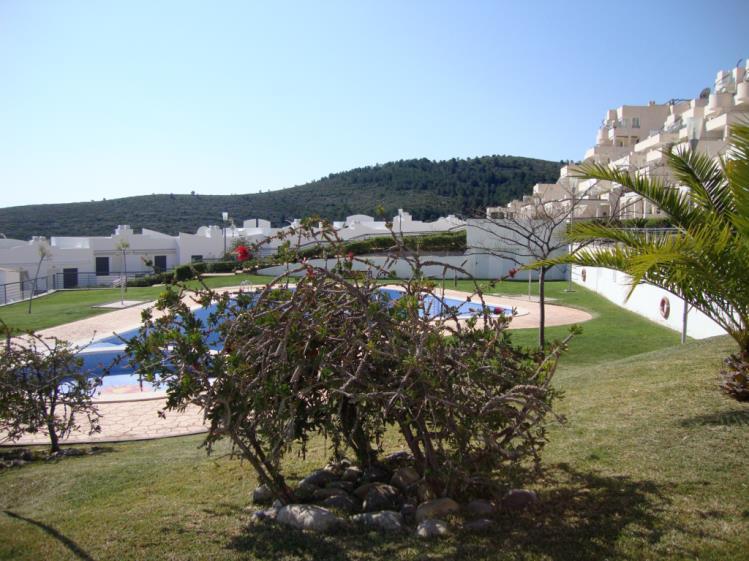 piscina-apartamentos-tierra-de-irta-3000-peniscola-costa-azahar.jpg