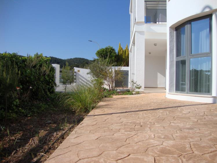 terraza-apartamentos-tierra-de-irta-3000-peniscola-costa-azahar.jpg