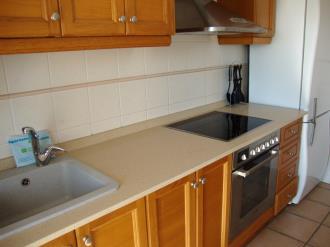 cocina-apartamentos-tierra-de-irta-3000-peniscola-costa-azahar.jpg
