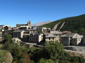 Castilello de Jaca Villanua Pirineo Aragonés España