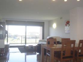 salon-comedor-apartamentos-esquirol-3000-cambrils-costa-dorada.jpg