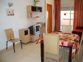 salon-comedor_4-apartamentos-vistamar-marina-dor-3000oropesa-del-mar-costa-azahar.jpg