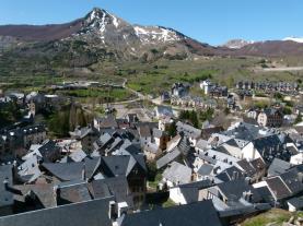 Vistas Sallent Sallent de Gallego Pirineo Aragonés España