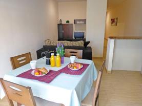 salon-comedor-7-apartamentos-benicasim-el-grao-3000benicasim-costa-azahar.jpg