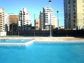 piscina_3-apartamentos-tavernes-gandia-3000tavernes-de-la-valldigna-costa-de-valencia.jpg
