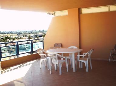 terraza-apartamentos-tavernes-gandia-3000-tavernes-de-la-valldigna-costa-de-valencia.jpg