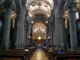 Interior Catedral de Jaca Jaca Pirineo Aragonés España