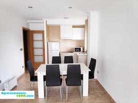 salon-comedor_7-apartamentos-revolta-sanxenxo-3000revolta,-a_-noalla_-sanxenxo-galicia_-rias-bajas.jpg