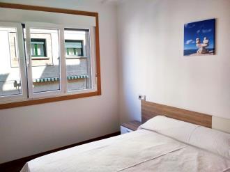 dormitorio_7-apartamentos-revolta-sanxenxo-3000revolta,-a_-noalla_-sanxenxo-galicia_-rias-bajas.jpg