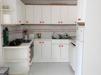 Kitchen Espagne Costa del Azahar ALCOSSEBRE Appartaments Poblado Marinero 3000