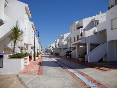 Fachada Verano Apartamentos Poblado Marinero 3000 Alcoceber