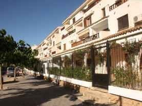 Fachada-Verano-Apartamentos-Arcos-de-las-Fuentes-3000-ALCOCEBER-Costa-Azahar.jpg