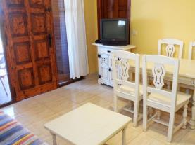 Salón-comedor2-Apartamentos-Arcos-de-las-Fuentes-3000-ALCOCEBER-Costa-Azahar.jpg
