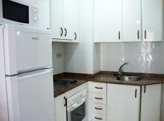 cocina_1-apartamentos-arcos-de-las-fuentes-3000alcoceber-costa-azahar.jpg