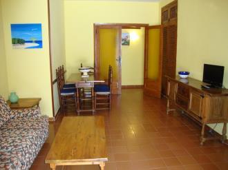 salon-comedor_2-apartamentos-arcos-de-las-fuentes-3000alcoceber-costa-azahar.jpg