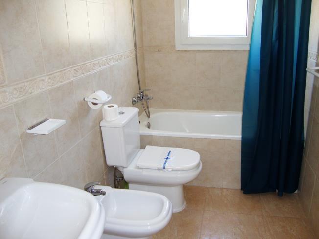 bano_2-apartamentos-madeira-3000alcoceber-costa-azahar.jpg