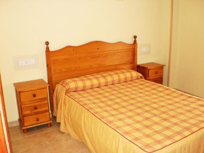 dormitorio_1-apartamentos-madeira-3000alcoceber-costa-azahar.jpg