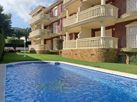 piscina-8-apartamentos-madeira-3000alcoceber-costa-azahar.jpg