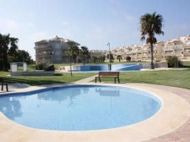 Piscina-Apartamentos-Alcalá-Blau-3000-ALCOCEBER-Costa-Azahar.jpg