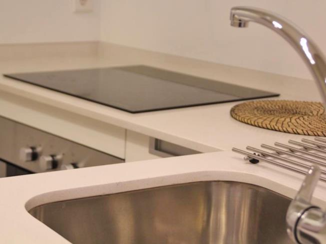 Cocina Apartamentos Trinidad Deluxe 3000 Granada