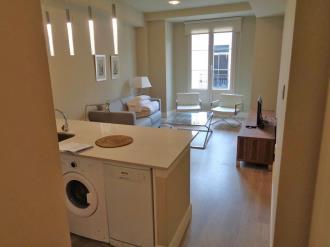 salon-comedor_1-apartamentos-trinidad-deluxe-3000granada-andalucia.jpg