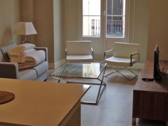 salon_2-apartamentos-trinidad-deluxe-3000granada-andalucia.jpg