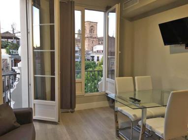Salón comedor España Andalucía Granada Apartamentos Trinidad Deluxe 3000