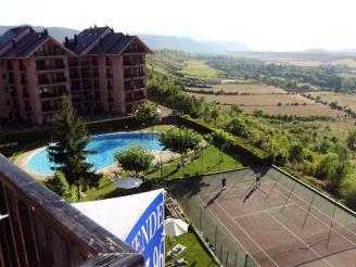 Façade Summer Espagne Pyrenées Aragonaises JACA Appartements Jaca 3000
