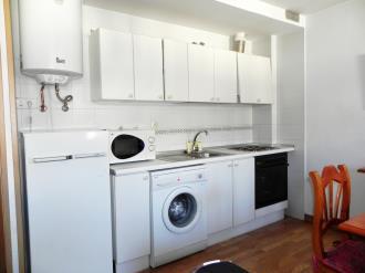 cocina_2-apartamentos-jaca-3000-jaca-pirineo-aragones.jpg