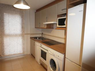 cocina_7-apartamentos-jaca-3000-jaca-pirineo-aragones.jpg