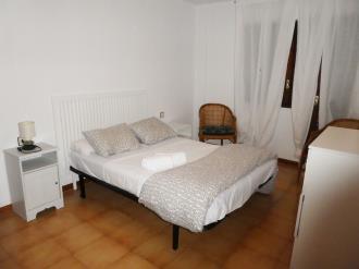 dormitorio_7-apartamentos-jaca-3000-jaca-pirineo-aragones.jpg