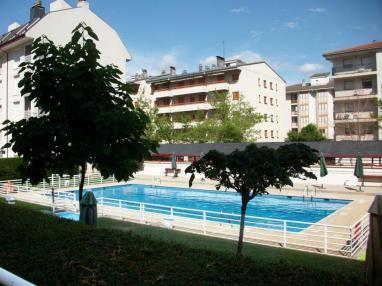 Apartamentos en jaca apartamentos jaca 3000 - Piscina municipal jaca ...