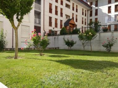 Jardín Apartamentos Jaca 3000 Jaca