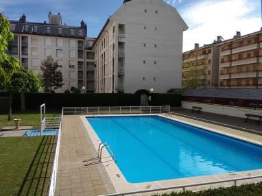 Piscina España Pirineo Aragonés Jaca Apartamentos Jaca 3000