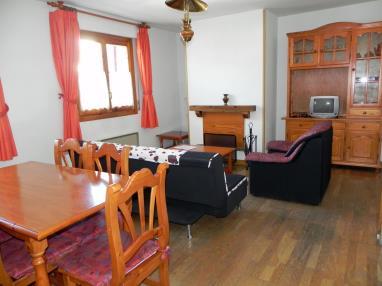 Salón comedor España Pirineo Aragonés Jaca Apartamentos Jaca 3000