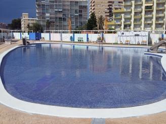 piscina_2-apartamentos-mar-de-oropesa-3000oropesa-del-mar-costa-azahar.jpg