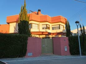 fachada-verano-1-casa-montecarlo-3000cambrils-costa-dorada.jpg