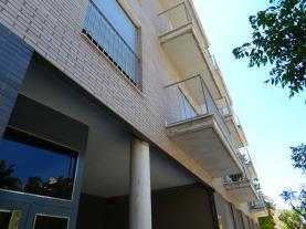fachada-verano-apartamentos-benicarlo-centro-3000-con-piscina-benicarlo-costa-azahar.jpg