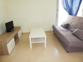 salon_1-apartamentos-benicarlo-centro-3000-con-piscinabenicarlo-costa-azahar.jpg
