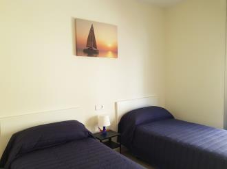 dormitorio_5-apartamentos-benicarlo-centro-3000-con-piscinabenicarlo-costa-azahar.jpg
