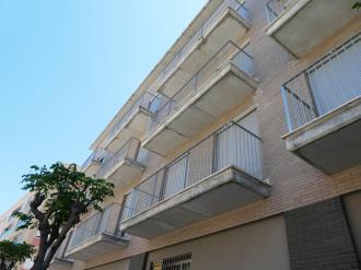 fachada-verano_1-apartamentos-benicarlo-centro-3000-con-piscinabenicarlo-costa-azahar.jpg
