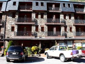 Fachada-Verano1-Apartamentos-Ordino-3000-ARANS-Estación-Vallnord.jpg