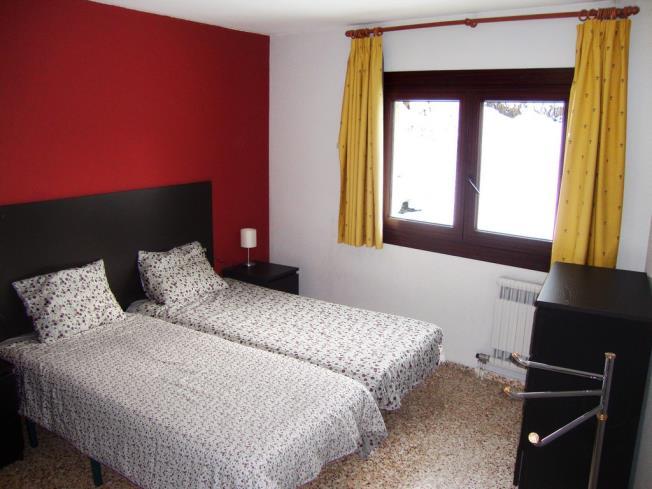 dormitorio_18-apartamentos-arinsal-3000la-massana-estacion-vallnord.jpg